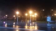 Magia Crăciunului stins la Bușteni. Parcul Central luminat peste drum.