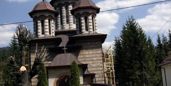 Biserica Sf. Impăraţi Constantin şi Elena