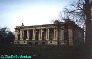 Floresti-Palatul-Micul-Trianon-1