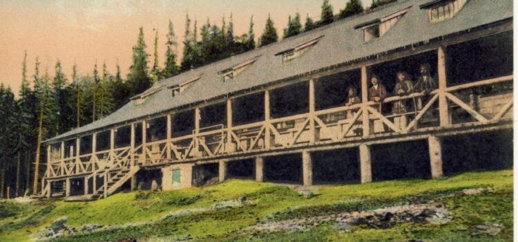 In preajma Cabanei Peștera acum … 100 de ani
