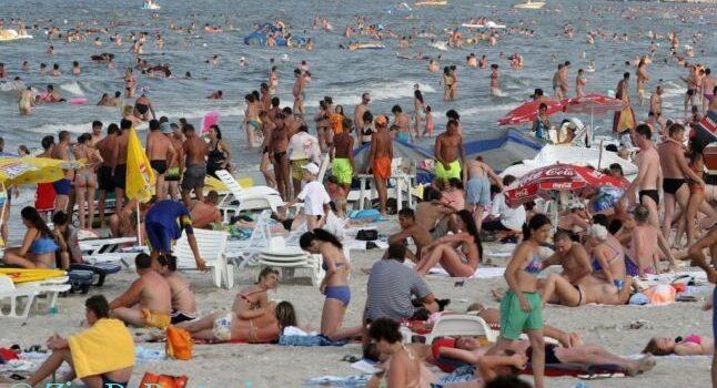 Turism, procente, statistici – PE VALEA PRAHOVEI SE FACE … CĂDEREA LIBERĂ
