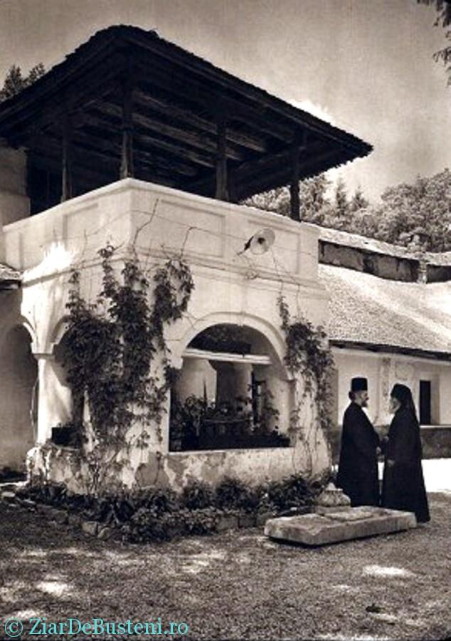 Manastirea Sinaia 02