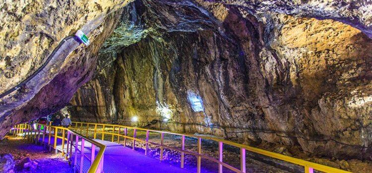 Peștera Ialomitei REDESCHISĂ – Foto și tarife