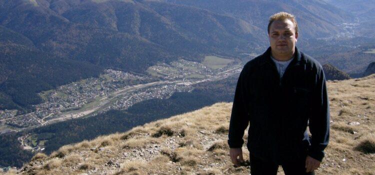 De pe tușă, Candidat la Primăria Bușteni – Achim Virgiliu Cristian