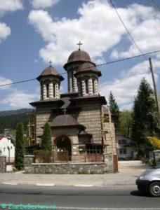 Biserica-din-poiana-tapului