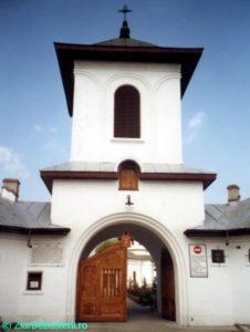 Manastirea-Zamfira-1