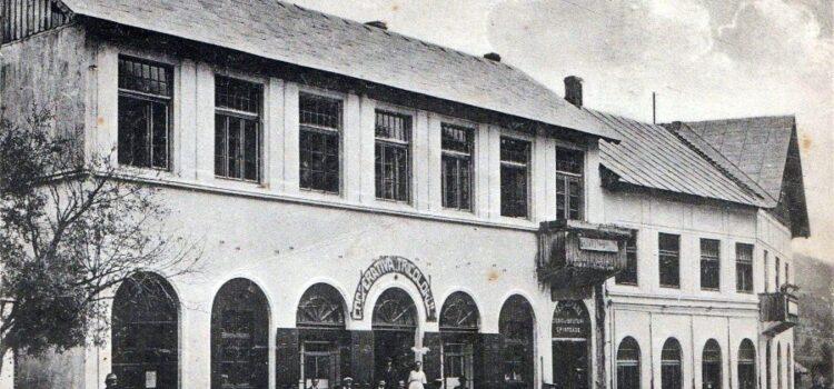 A fost odată … Fabrica de Hârtie Bușteni in 100 de fotografii