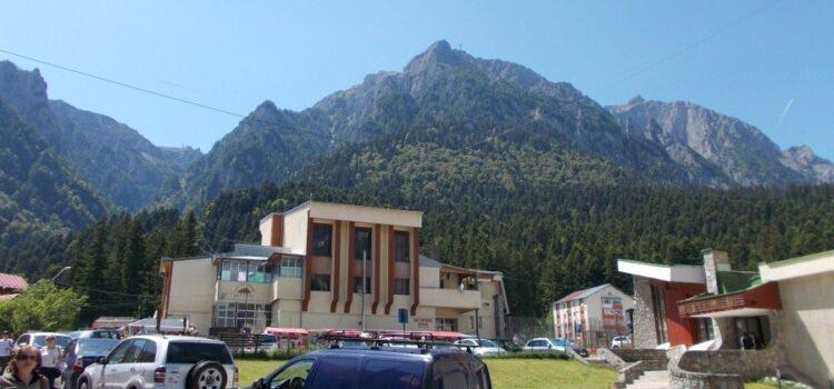 Obiective turistice, agrement, tarife și harți la Bușteni