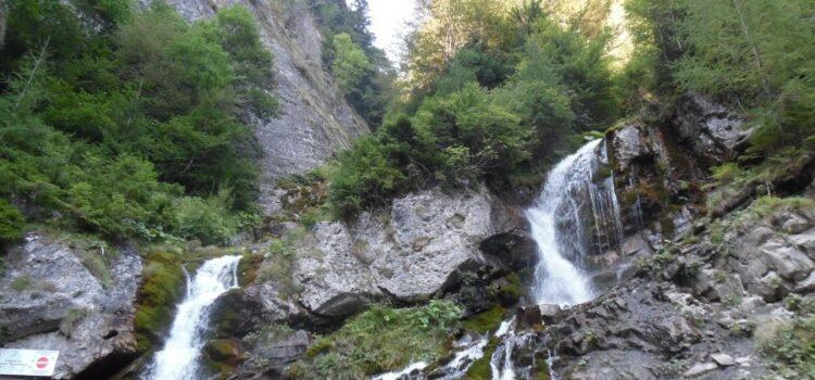 Traseu Valea Spumoasă