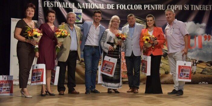 Atmosferă de sărbatoare la Bușteni – 3 zile de muzică și dans popular